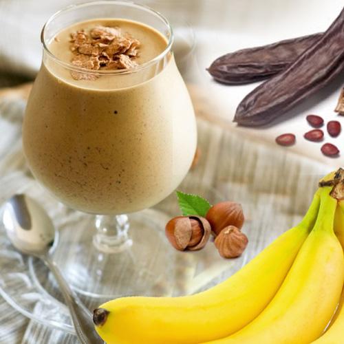 banana lešnik rogač smuti smoothie veganski obrok